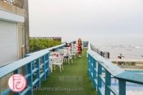 欣藍舍北海岸樓室外座位 (Blue Villa Restaurant 2F patio seats)