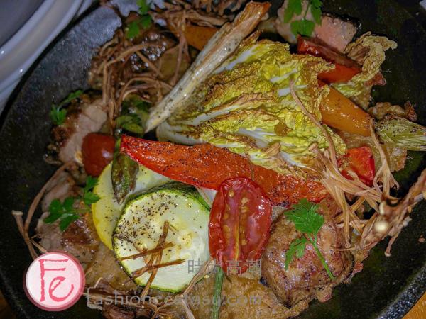 """爛醉咖啡「小鮮肉牛小排烤飯」($450) (""""Steak with Rice"""") ($450)"""
