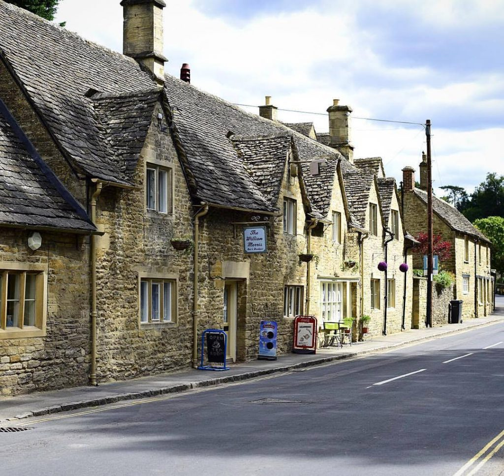 Awesome My Experience At Bibury Fashionforroyals Interior Design Ideas Gentotryabchikinfo