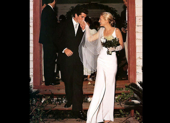 Lessons On Timeless Elegance By Carolyn Bessette Kennedy