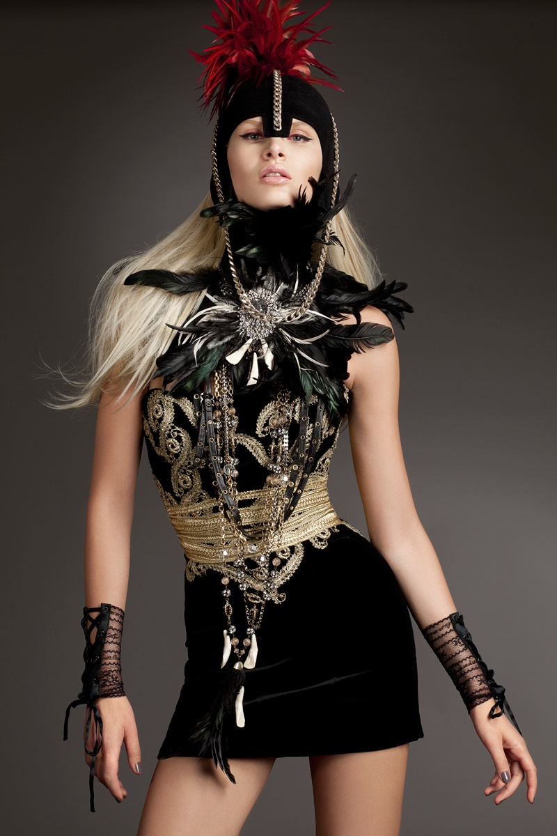 gloss3 Виктория Sekrier Rocks Роскошный стиль для блеска Словения Дженни Brough