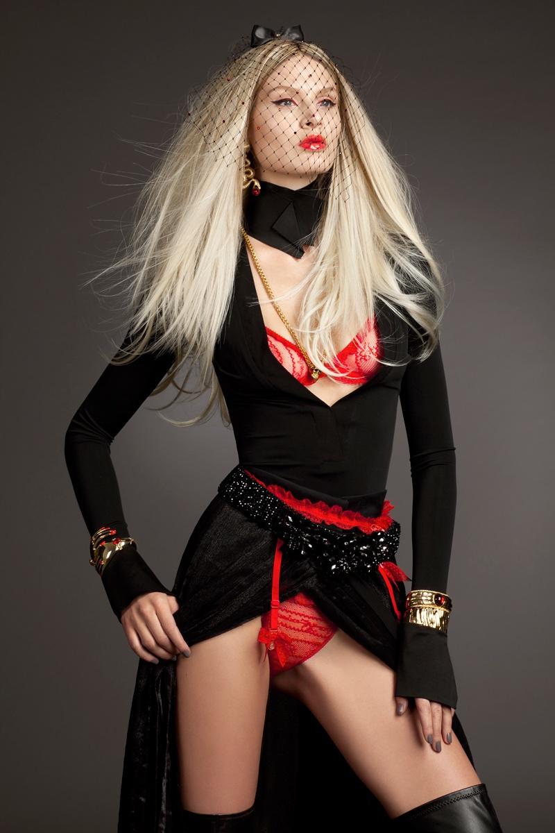 gloss4 Виктория Sekrier Rocks Роскошный стиль для блеска Словения Дженни Brough