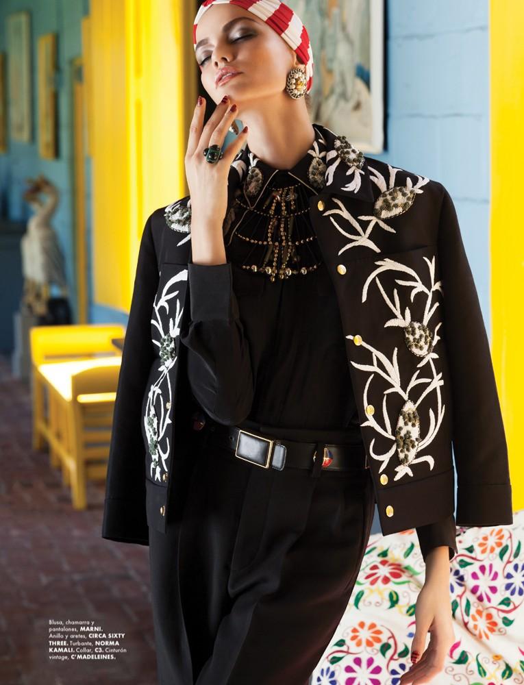 BarbaraElle7 Barbara Fialho Gets Tropical for Elle Mexico January 2013, Shot by Danny Cardozo