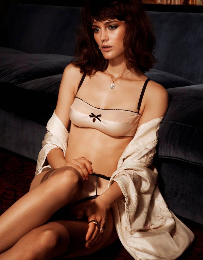 lingerie6 Ксения Назаренко получает спальнями готова к Dominical Журнал Даниэль Бартоломе