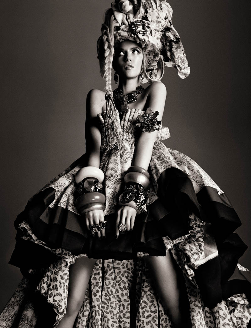 KasiaStrussNumeroGregKadel13 Kasia Struss Dons a Fashion Mix for Numéro #142 by Greg Kadel