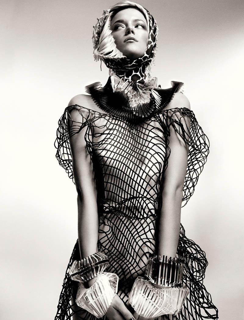 KasiaStrussNumeroGregKadel3 Kasia Struss Dons a Fashion Mix for Numéro #142 by Greg Kadel