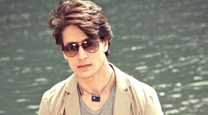 tiger shroff hot hairstyle