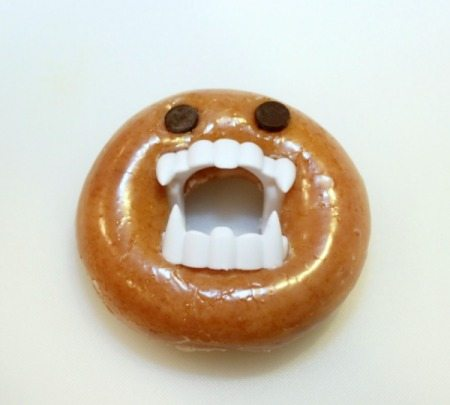 monster doughnut halloween treats