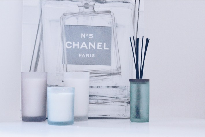 Welcome To My Workspace (Fashion Hotbox) - Chesapeake Bay Candles
