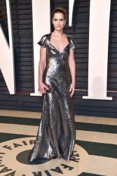 Amanda Peet in Michael Kors