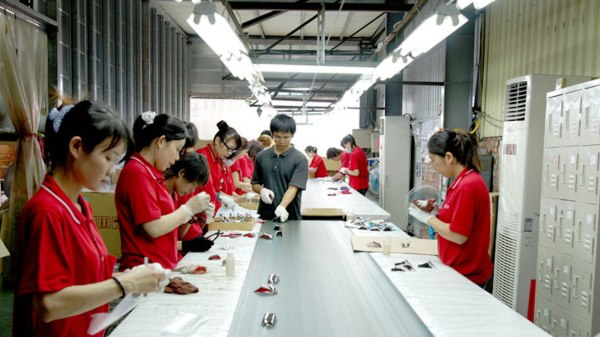 Quality Control in Fashion Manufacturing: Guidelines by ...