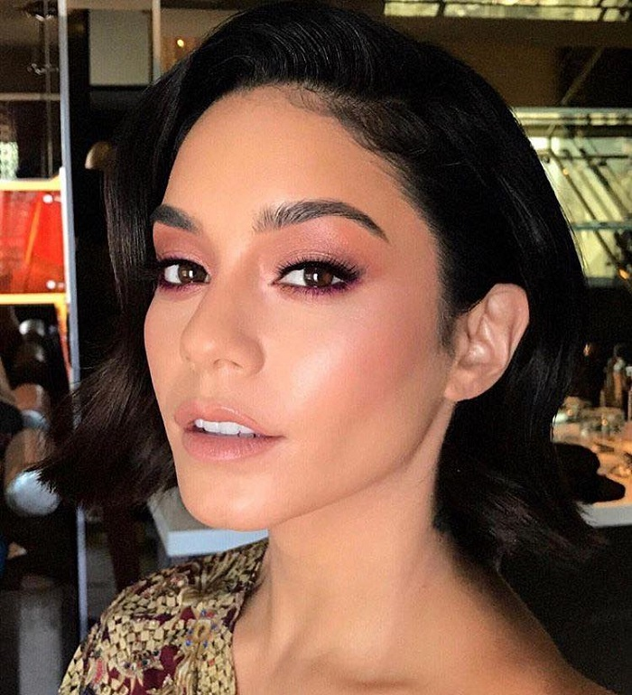 Dare To Try The Pink Eyeshadow Trend Vanessa Hudgens