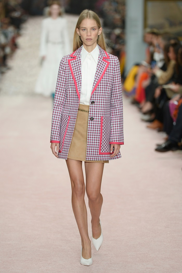 These Are The Prints To Wear In Spring 2019 According To NYFW Runways plaid blazer cream skirt