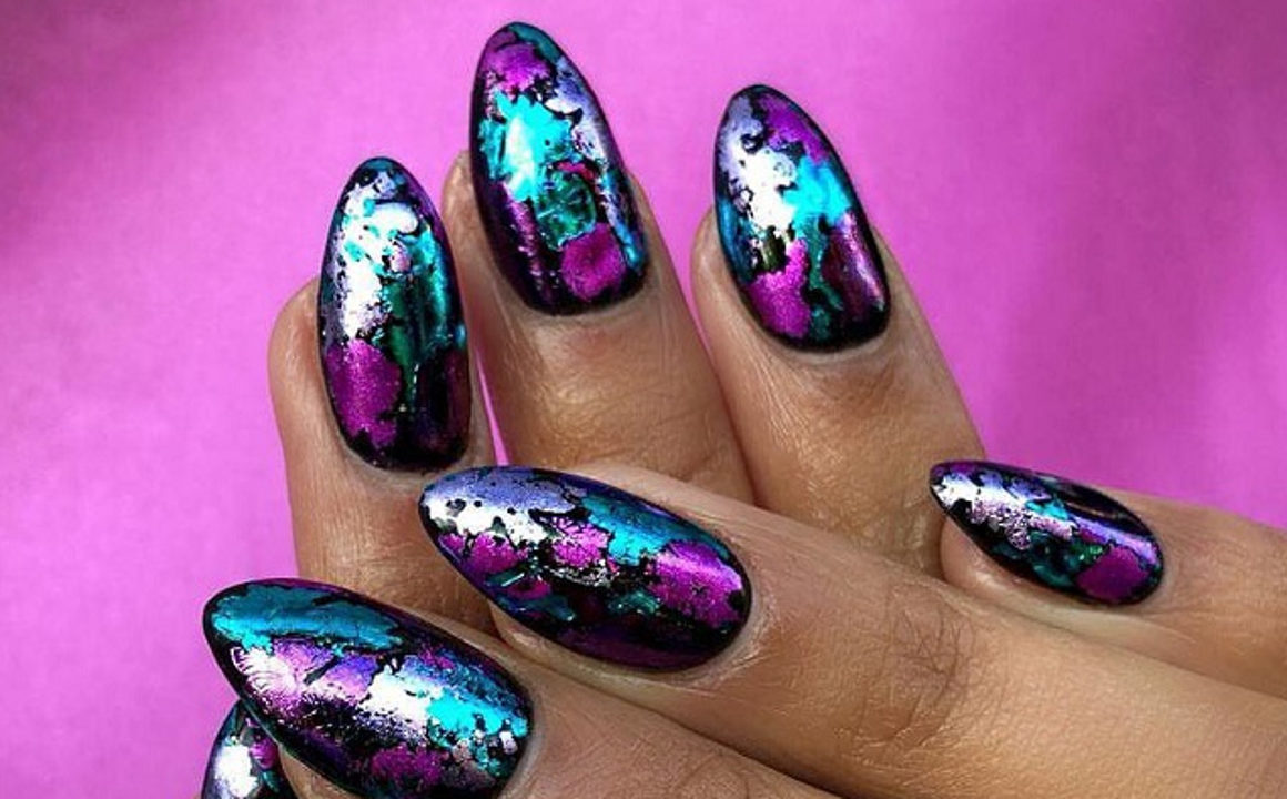 Trendy-Nail-Designs-You-Have-To-Try-This-Winter-21