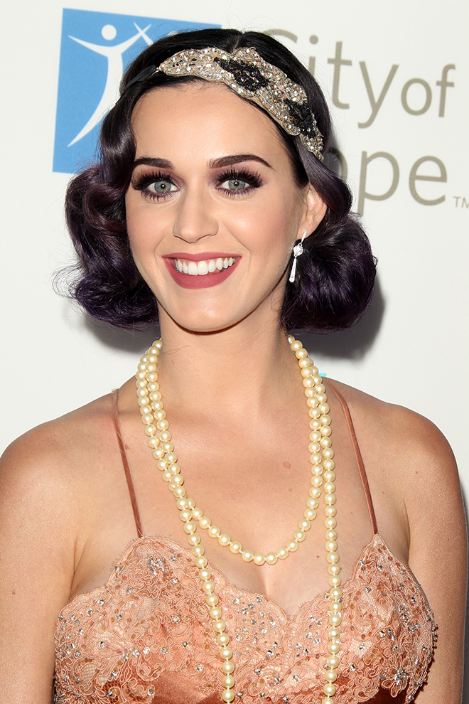 7-Celebrities-That-Rocked-the-Vintage-Look-Katy-perry