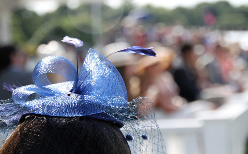 How to Dress for a Day Betting on the Races