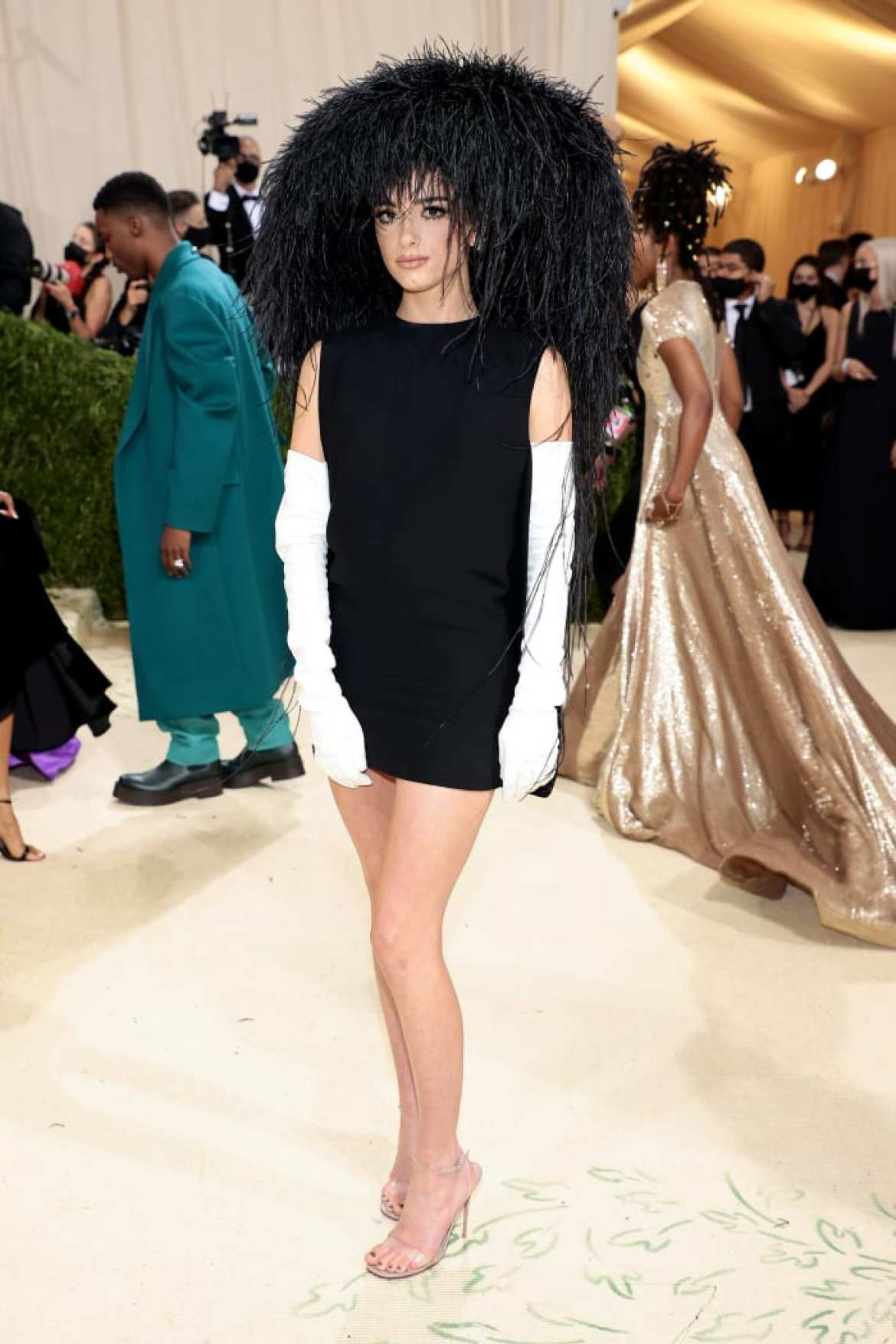 Dixie D'Amelio at the 2021 Met Gala in Valentino.