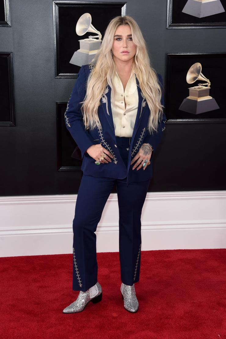 kesha-grammys See All the Red-Carpet Looks From The 2018 Grammy Awards