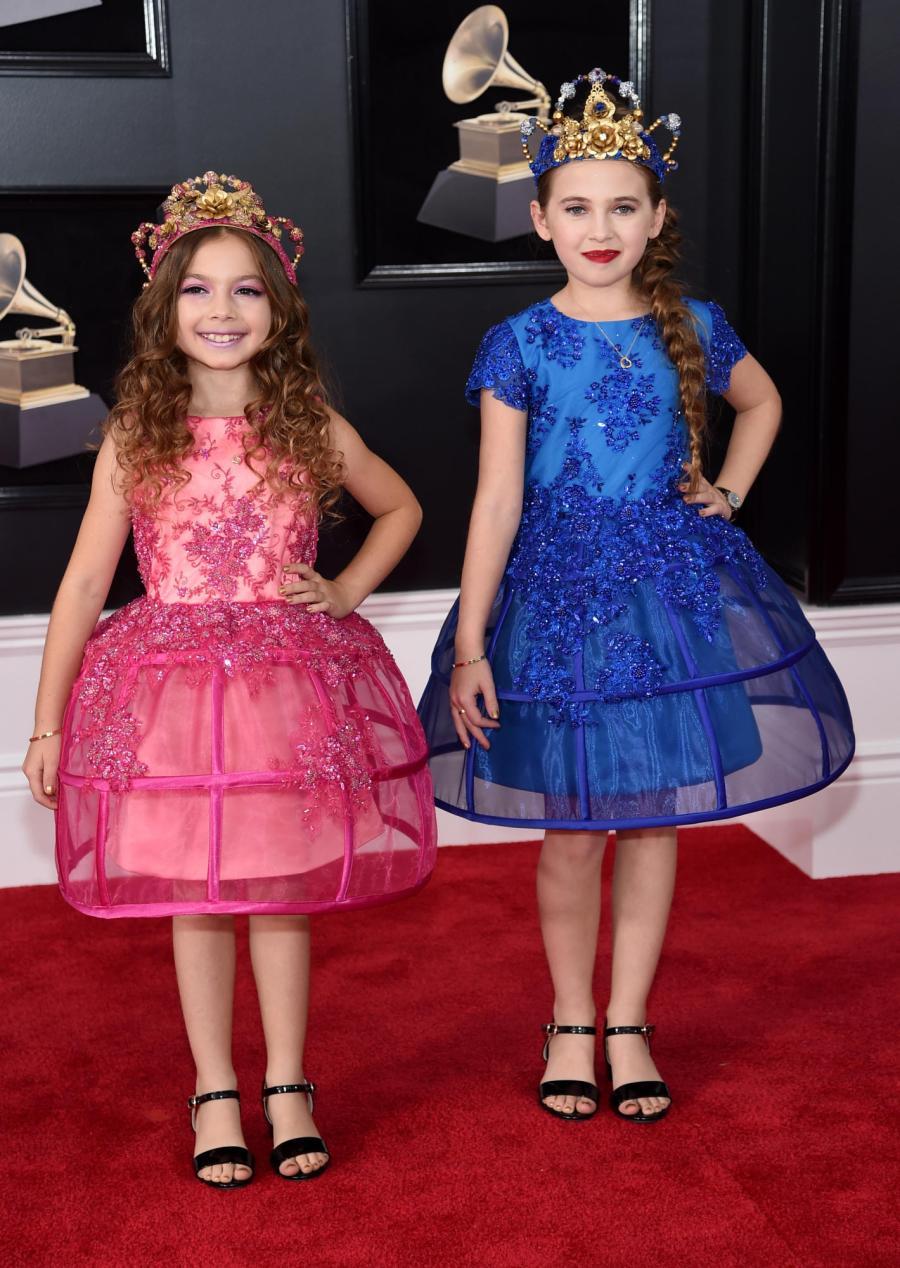 Olivia and Sofia Jellen - Red Carpet Grammy Award 2018
