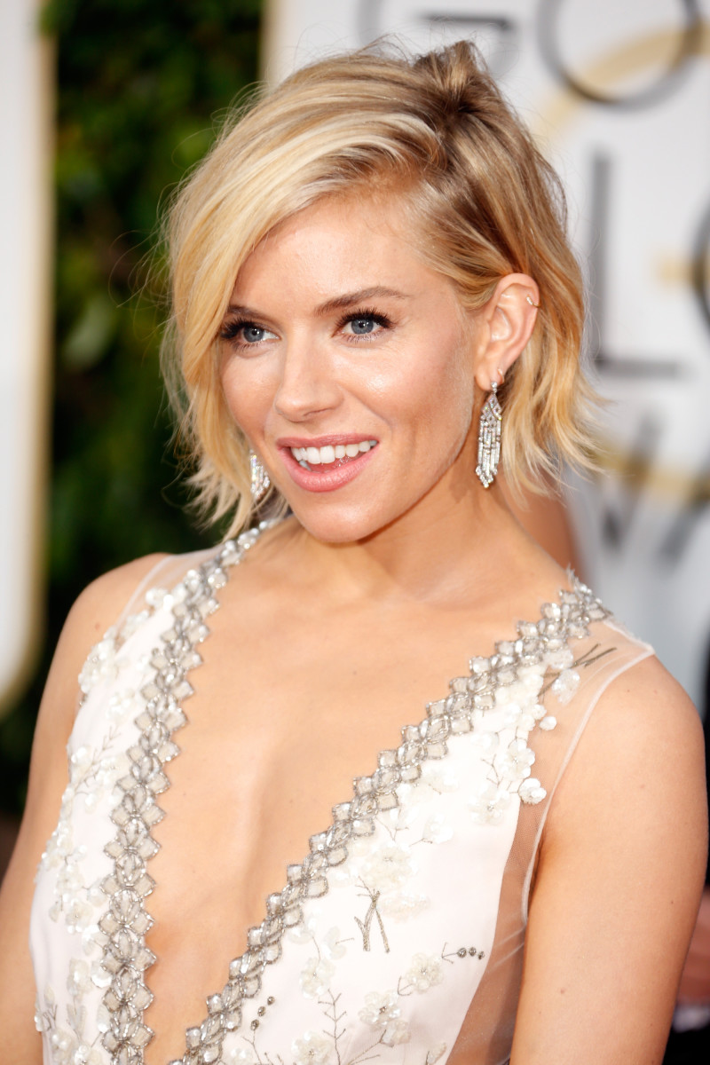 Red Carpet Hair At The Golden Globes Was Interesting For A