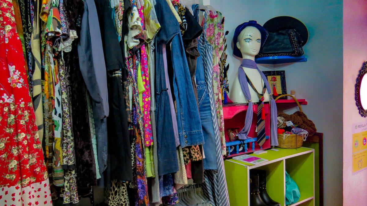 Inside Vintrend. Photo: Molly McLaughlin