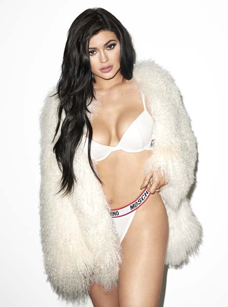 Kylie_Jenner_Galore_Mag_4