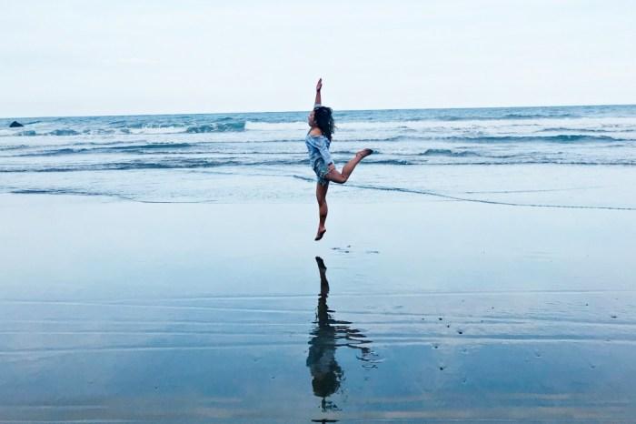 台東必去景點 |都歷海灘 台版天空之鏡 超美黑沙灘  IG網美打卡點