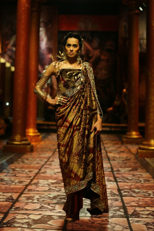 Model seen in  Suneet Varma's Collection