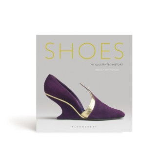 Book cover of Shoes: An Illustrated History