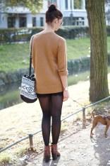Caprice-love-FashionBlogBloggerShortsschwarzbraunbootsTopshopray-banherbsttrendoutfitstyling12