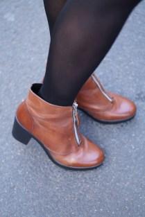 Caprice-love-FashionBlogBloggerShortsschwarzbraunbootsTopshopray-banherbsttrendoutfitstyling6