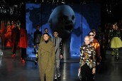 Lynch's sculpted head looms over the catwalk