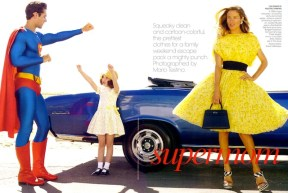 Supermom+Carolyn+Murphy+Lucy+Sykes+David+Gandy+Mario+Testino+Vogue+Jan+2009+1
