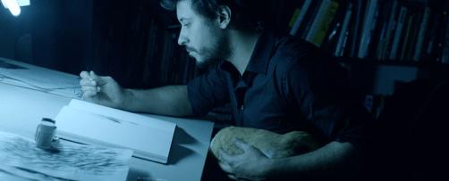 graphic novelist Rafael Grampá at work