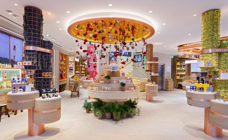 loccitane store regent street london retail design