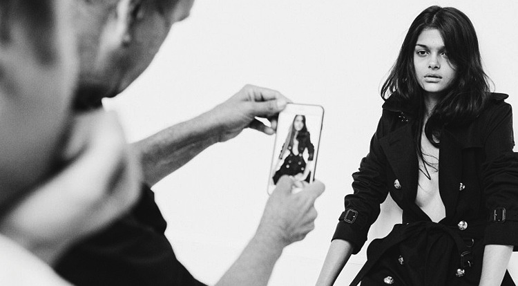 burberry-snapchat-campaign-9