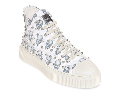 gienchi_skulls_studded_canvas_side_front