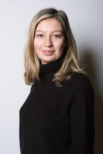 Nina Buck