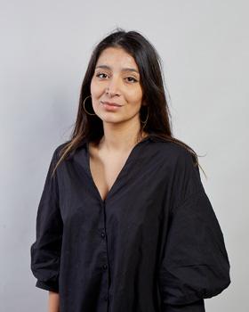 Elif Revna Ablak