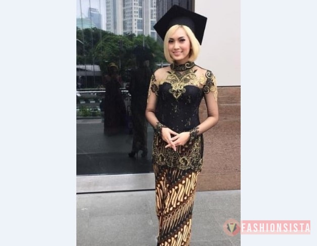 Model Kebaya Modern Wisuda Kuning Hitam Fashionsista Co Model