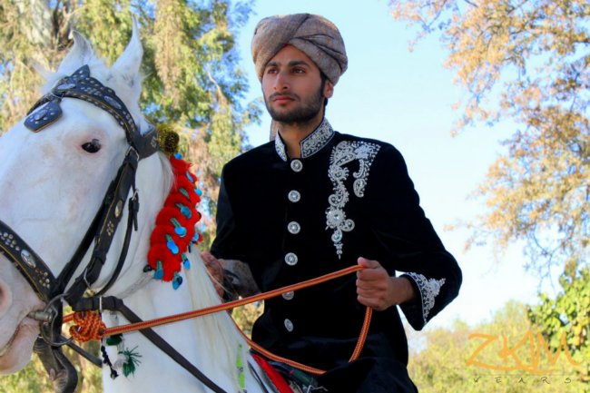 Wedding Groom Sherwani 2013 Design For men by Zari Khussa Mehal (9)