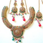 Beautiful Necklace Design 2013 - 2014 For Brides 06