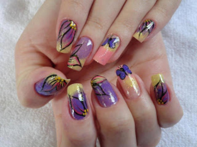Patels Flower Nail Designs For Christmas Day (1)