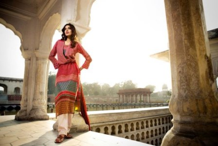 lawn collection dresses for women by Khaadi