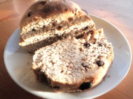 12-rustic-vegan-raisin-bread-baked