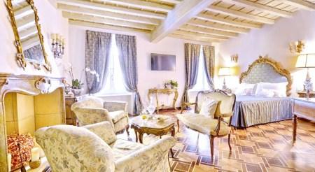 Milan City Centre Fashion Travel Accessories Hotel Santa Marta Suites 1