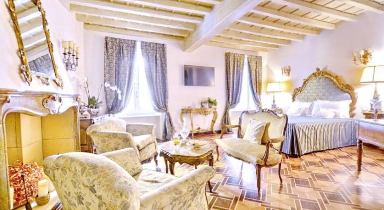 Where To Stay In Milan City Centre Fashion Travel Accessories Hotel Santa Marta Suites 1
