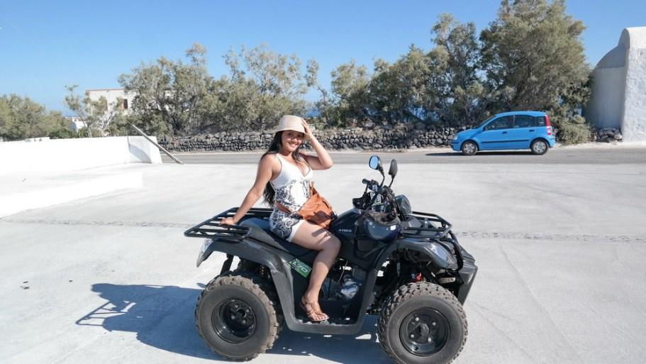 Things_to_do_in_Santorini_Greece_Kamari_Beach