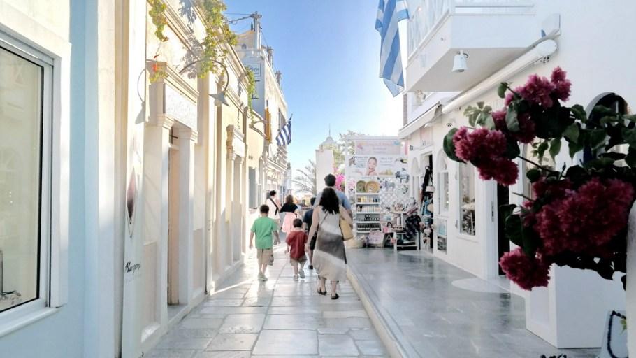 1_Things_To_Do_In_Santorini_Greece_Oia_Fira