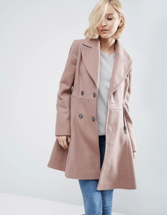 What To Wear In London In Winter Fashion Travel Accessories Coat Hanger 3